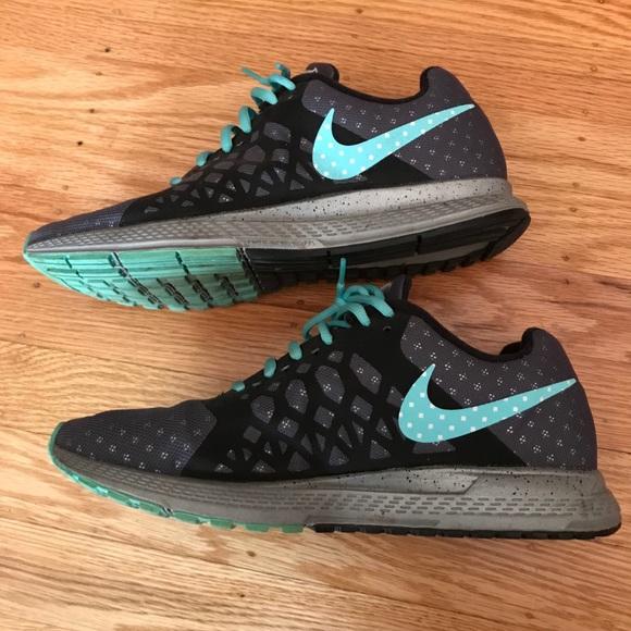buy popular 79f3e 9ff37 NIKE Zoom Pegasus 31 H20 Repel Running Shoes. M 5aae0d278af1c57182221ccb